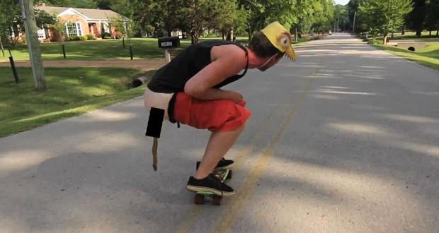 """[Vidéo] Le """"caca skating"""" ou l'art de faire déféquer en skate"""