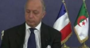 [Vidéo] Laurent Fabius s'endort pendant une réunion en Algérie