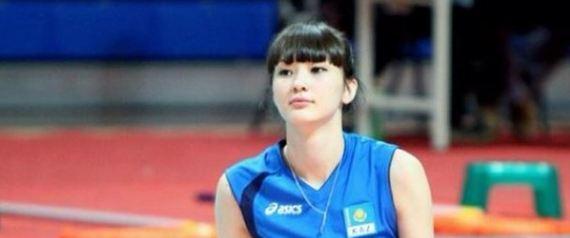 Sabine Altynbekova, bien trop belle pour jouer au volley?
