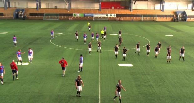 [Vidéo] Football : 22 amateurs contre 11 pros