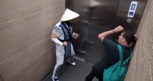 [Vidéo] Mortal Kombat dans l'ascenseur : Round 2 (caméra cachée)