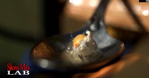 [Vidéo] Regardez du popcorn éclater en slow motion