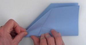 [Vidéo] Voilà comment plier l'avion en papier parfait